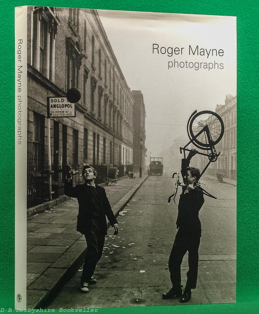 Roger Mayne Photographs | introduction by Ray Gosling | Cape, 1st edition 2001