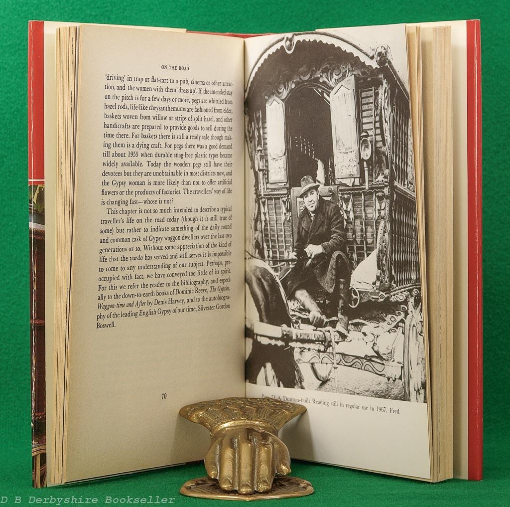 English Gypsy Caravan | C. H. Ward-Jackson and Denis E. Harvey | David & Charles, 2nd edition 1986 | Colour Plates