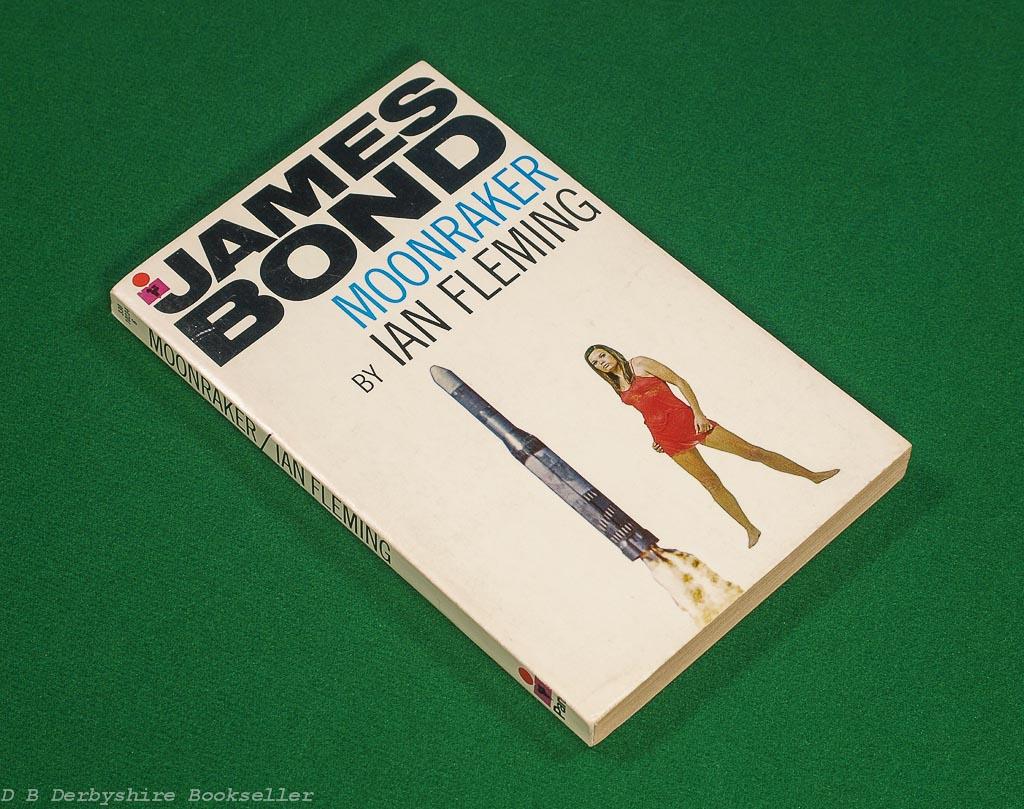 Moonraker by Ian Fleming (Pan, 1971)   White Series