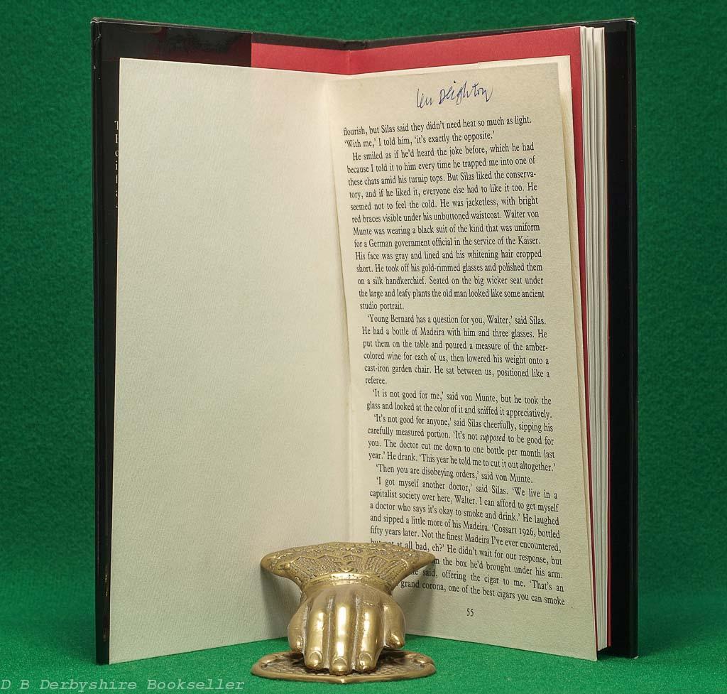 Len Deighton An Annotated Bibliography   Edward Milward-Oliver   Sammler Press, 1985   Signed Limited Edition